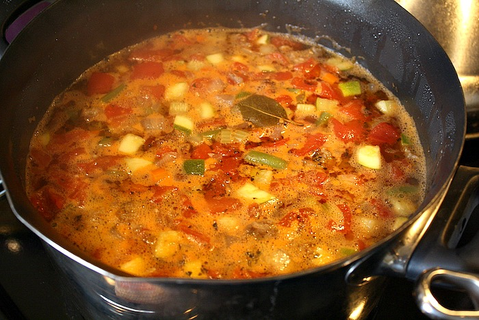 Spicy Sausage Pesto Minestrone