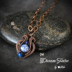 Dragon Vein Amphora - Agate and Woven Copper Wire Necklace
