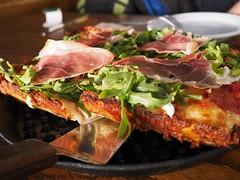 月, 2018-01-15 15:44 - Brown Dog Pizza