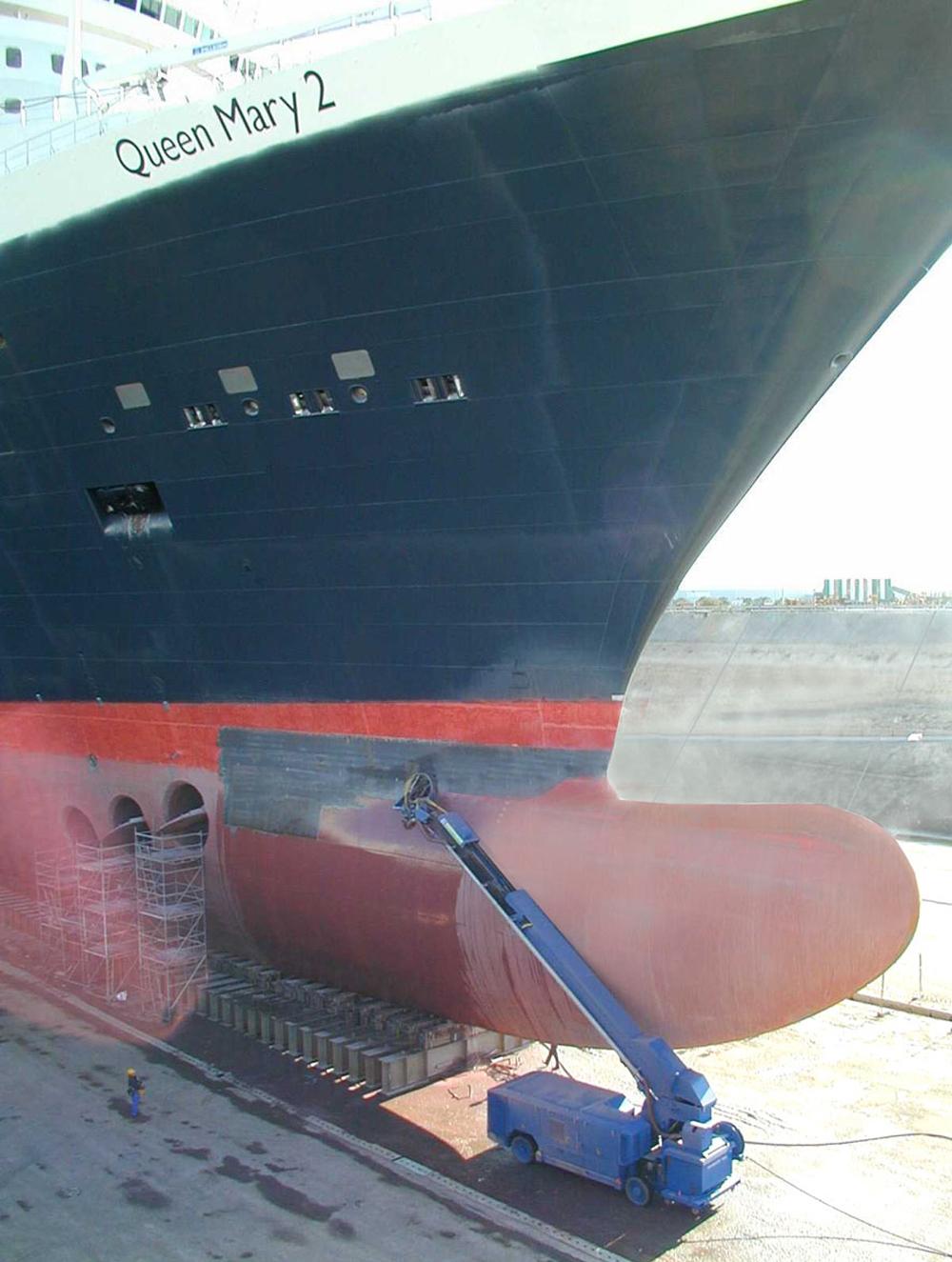 Queen Mary 2's bulbous bow.