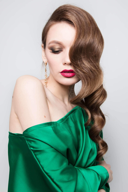 Create Vintage Curls Styles-Get The Hollywood Look! 3