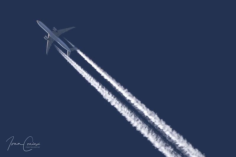 Boeing 777-35R(ER) – Jet Airways – VT-JET – International Airspace – 2018 02 13 – Inflight – 01 – Copyright © 2018 Ivan Coninx
