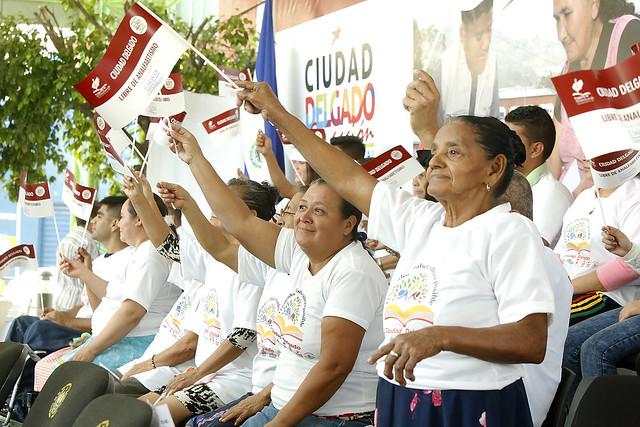 Declaración del Municipio de Ciudad Delgado libre de Analfabetismo.