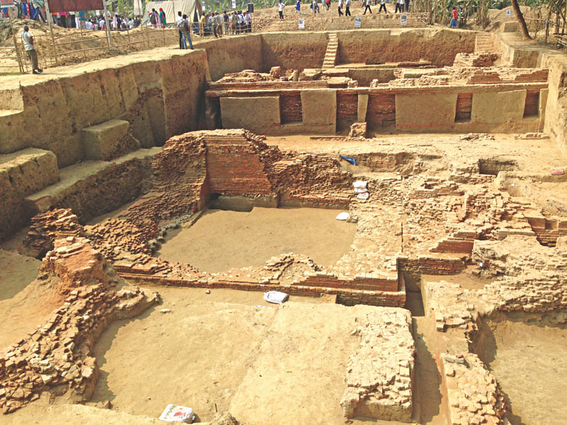 Situs Vikrampura (Vikrampur, Bikrampur) ibu kota kuno di Distrik Munshiganj, Bangladesh , tempat lahirnya Bhiksu Atisa.