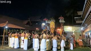 Paramekkavu Bagavathi Temple Vela - Koorkenchery Desapattu