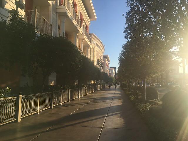 Las Vegas side walk