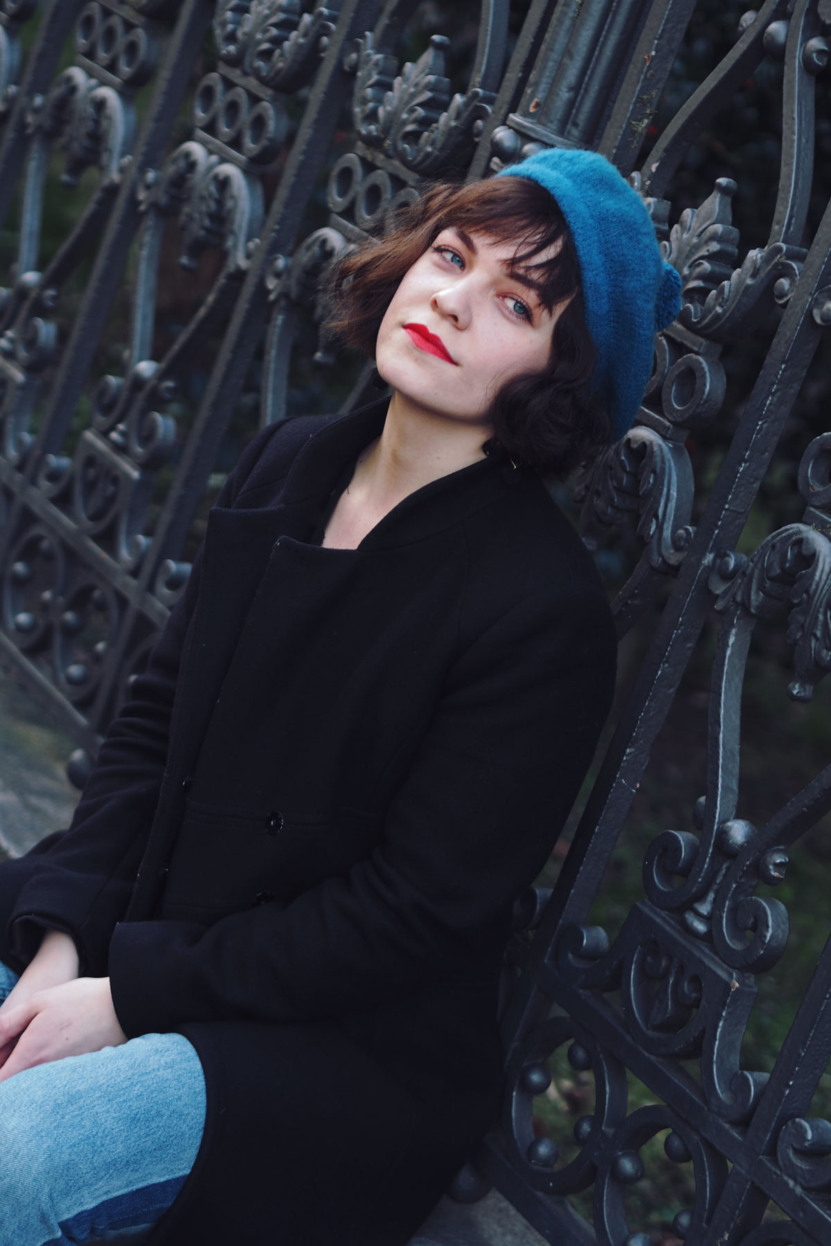 blue wool baret
