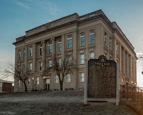 historicalmarker butlercounty courthouse missouri architecture poplarbluff