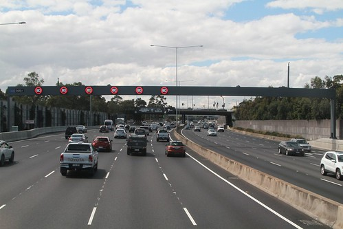 Six lanes northbound from Flemington Road
