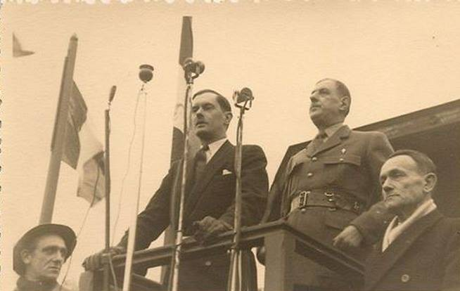 Valenciennes-1949-02-12_Generale_de_Gaulle
