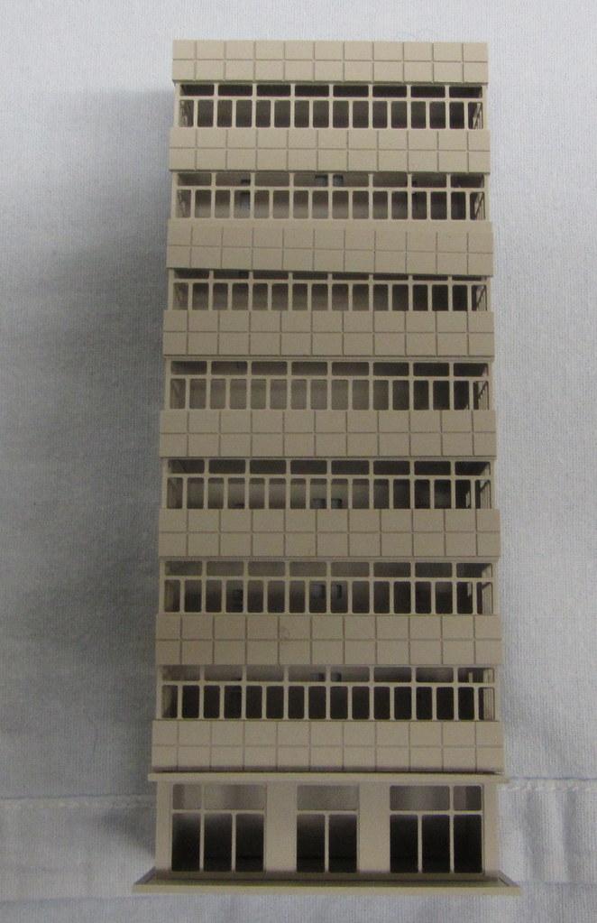 47_UTF_building6