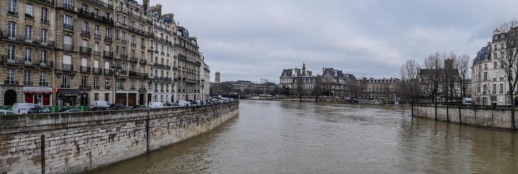 Paris et les crues de la Seine 27890579079_3bbce260fb_b
