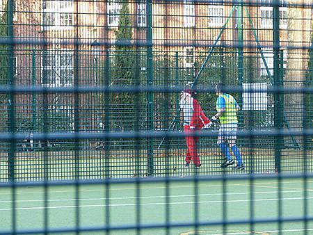 le père noel joue au foot