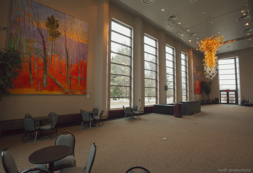 Foyer Grand Quevilly : Grand foyer orchestra lobby weidner center for the