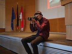 Photograph Jonas Walzberg bei der Arbeit