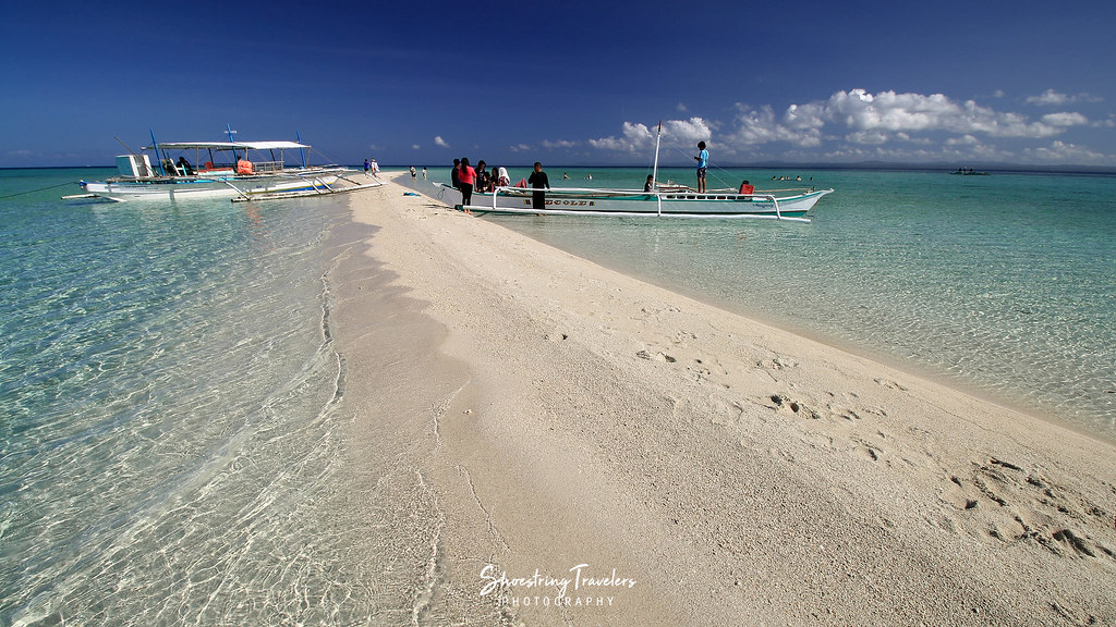 boats at the Palad Sandbar