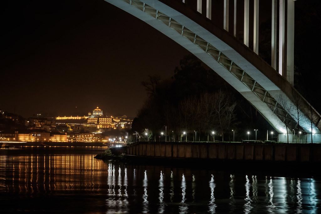 Porto by night I
