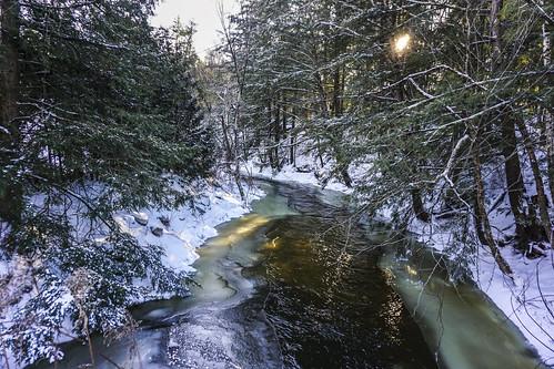 westford vermont stonebrook landscape winter contre jour