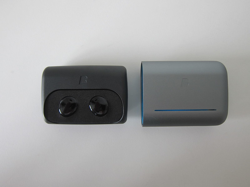 Bragi The Dash Pro - Charging Case - With Shell Removed