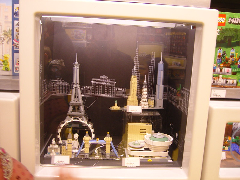 Επίσκεψη στο official Lego Store Copenhagen! 28008518379_e8ed3abea9_c