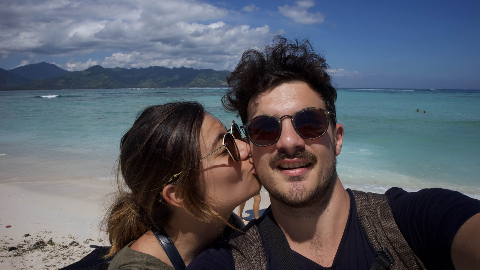 Digital Nomad Relationships: Love & Dating Advice from Nomads