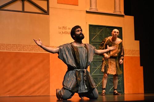 Teatro Kumen con su adaptación de una comedia de Plauto en el Festival de Teatro Aficionado
