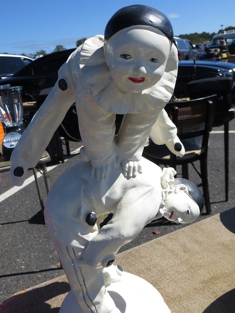 Acrobats Statue
