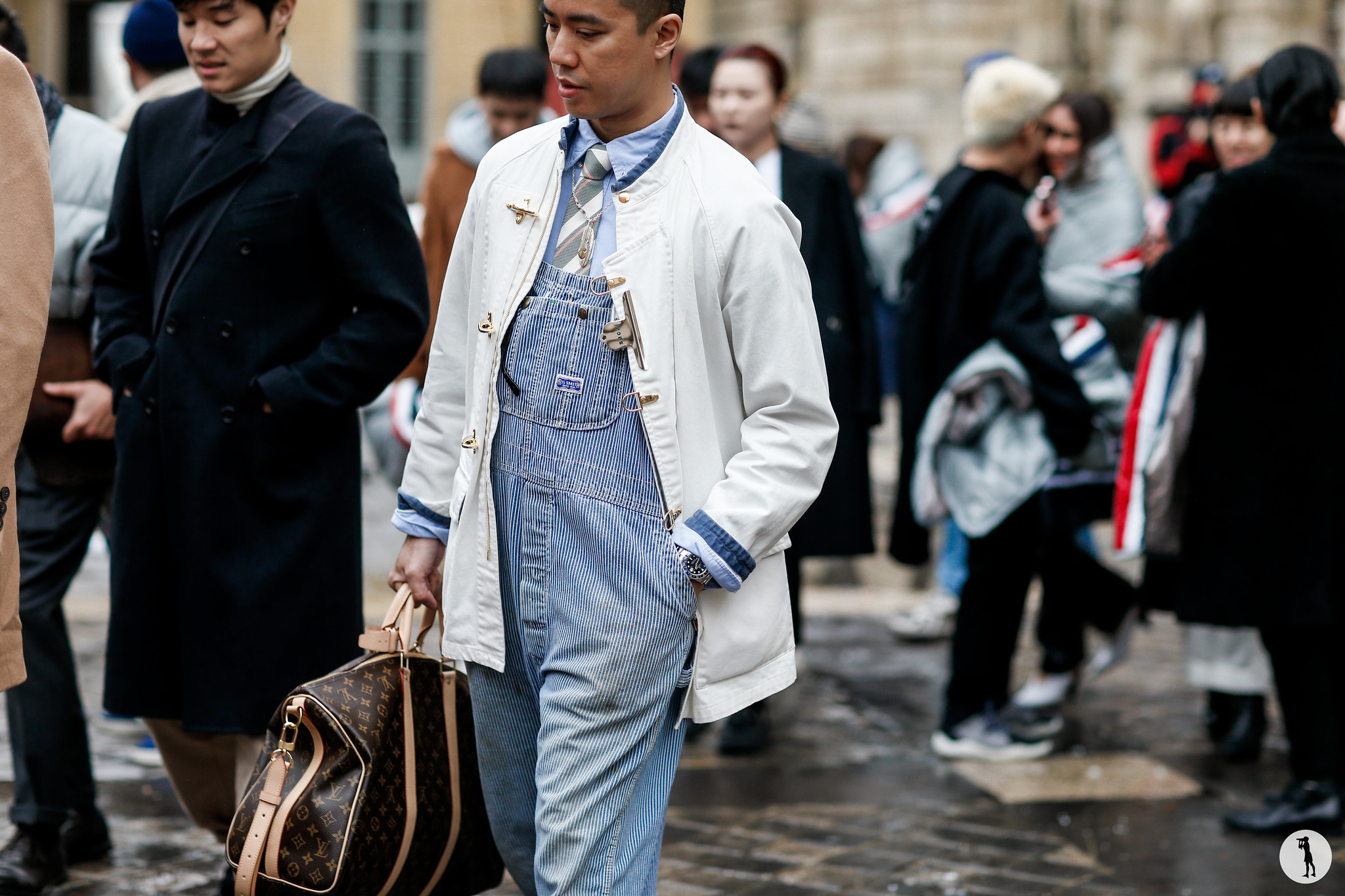 Street style - Paris Fashion Week Menswear FW18-19 (43)