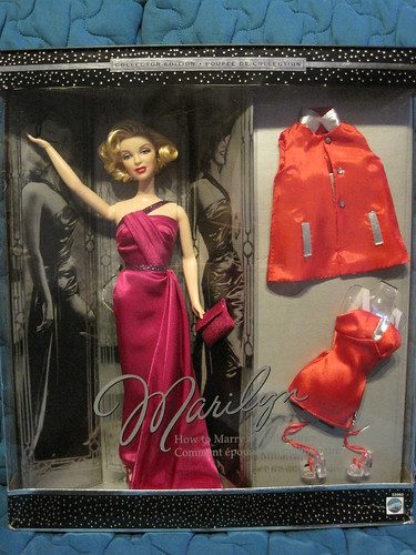 IRENgorgeous: Magic Kingdom filled with Barbie dolls - Page 5 39775200001_4cf3100655