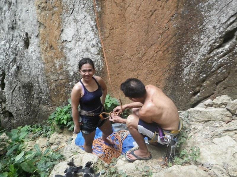 rock climbing in Cantabaco