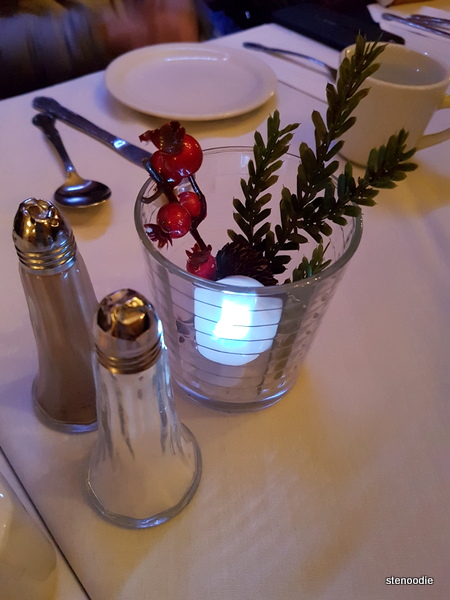 Copas table decor