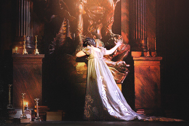 The Royal Opera's Tosca © Catherine Ashmore/ROH 2011