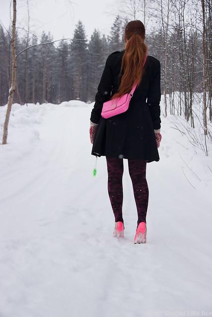 My_Style_OOTD_Ted_Baker_Clutch_Minna_Parikka_Heels-11