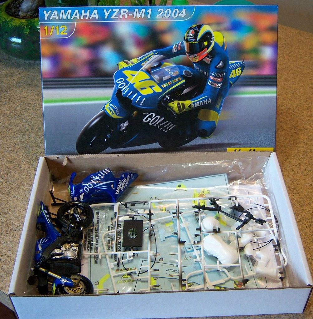 2004 Yamaha YZR M1 01