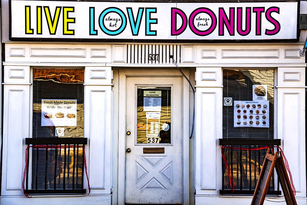 LIVE LOVE DONUTS--Palmyra