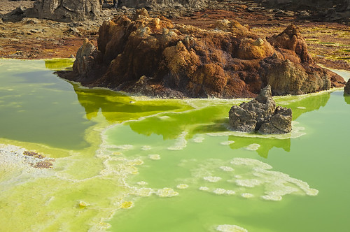 lake dallol danakil ethiopia sulfur multihue