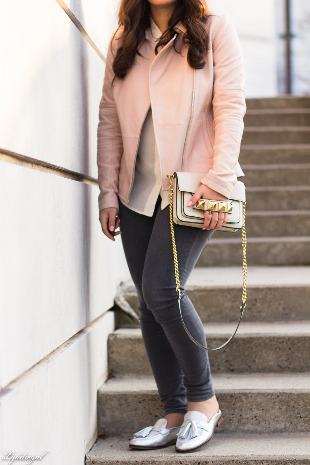 Pink leather jacket, white silk blouse, grey denim, silver mules-22.jpg