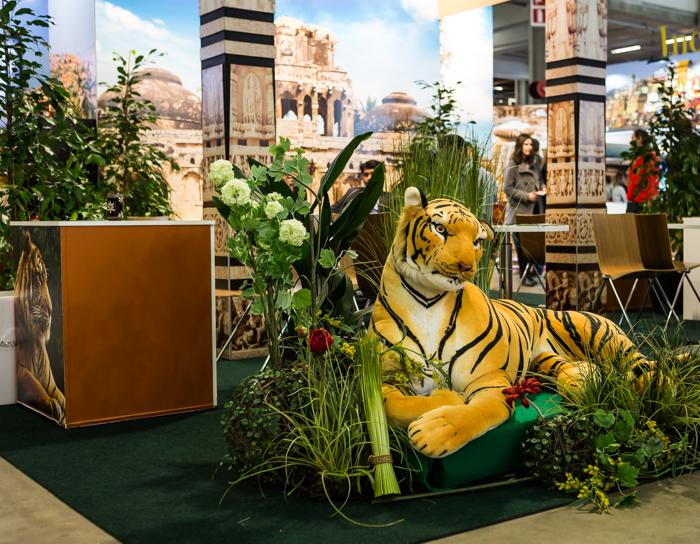 Matkamessut 2018 Finnish Travel Fair Quatar osasto tiikeripatsas