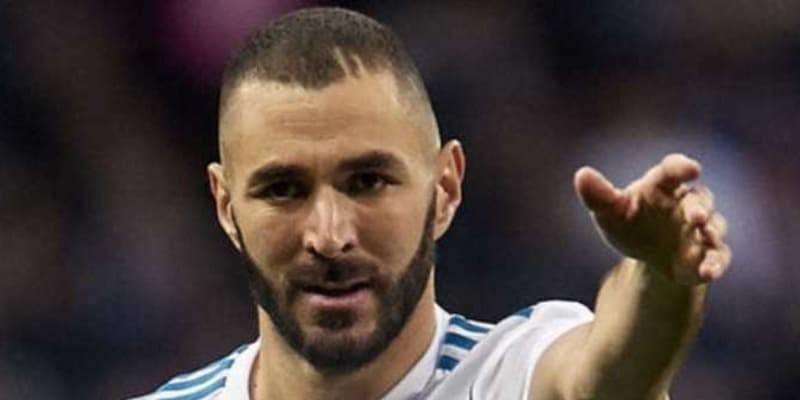 Karim Benzema Emosi Saat Ditarik Keluar Melawan Valencia