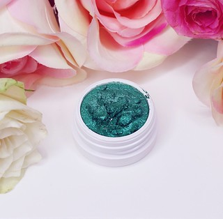 Colourpop super shock shadow review - Big or not to big (23)