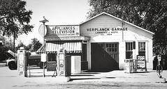 Verplanck Garage_6th and Broadway 1950's