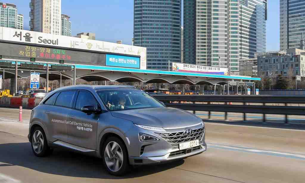 Les voitures autonomes à pile à combustible de Hyundai effectuent un voyage record sur une autoroute