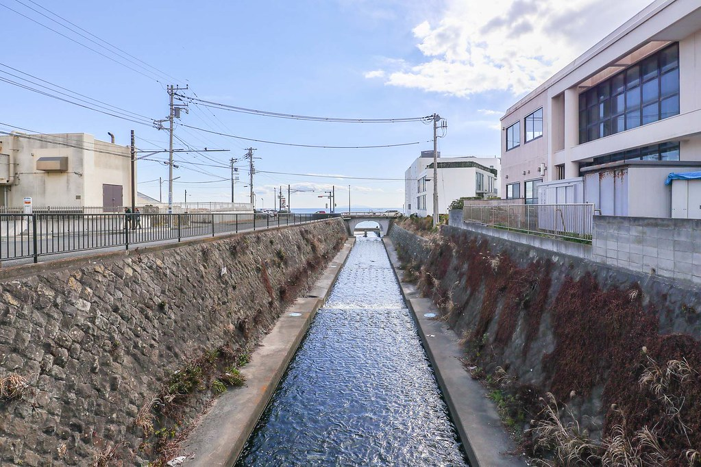 鎌倉の中古戸建:行合川