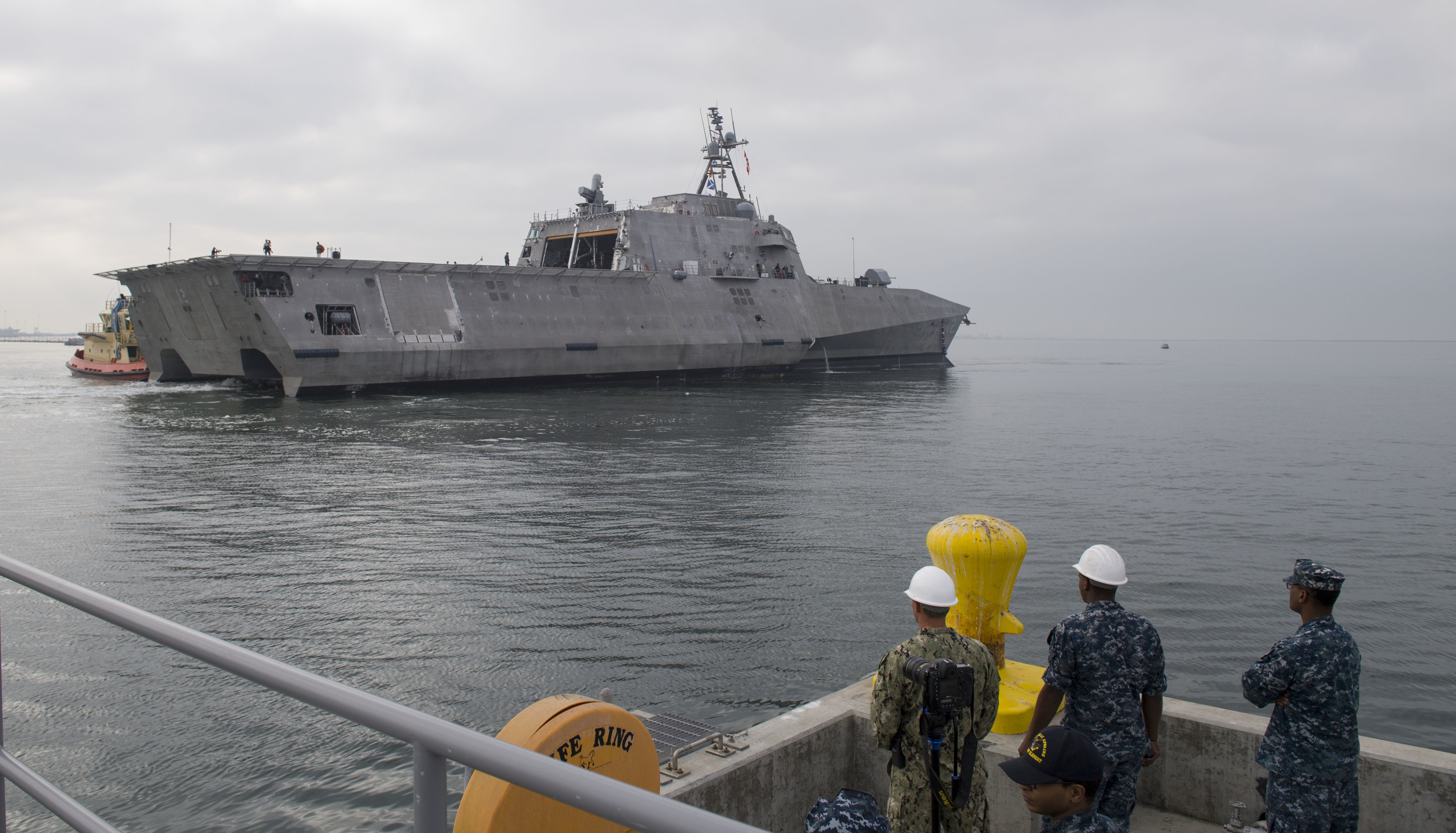 LCS : Littoral Combat Ship - Page 5 39755134262_1333d8d7a7_o