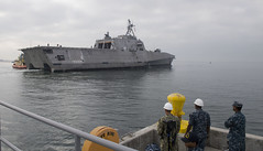 The future USS Omaha (LCS 12) approaches the pier at Naval Base San Diego, Jan. 19. (U.S. Navy/MC3 Molly DiServio)