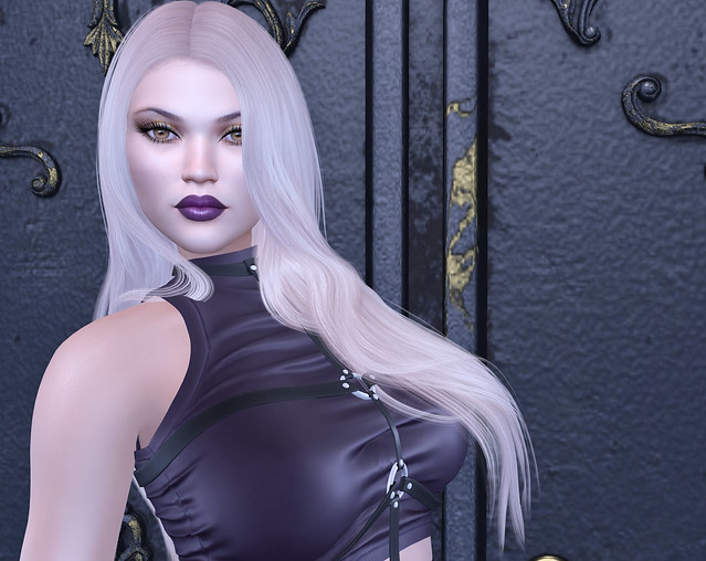 Caboodle top, Stealthic hair, Alaskametro makeup