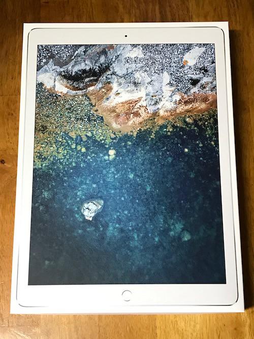 iPad Pro12.9インチ(2017)の外箱