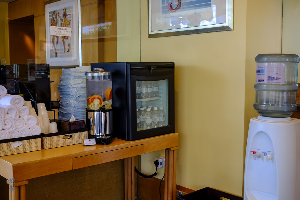 Water dispensers in the fitness centre