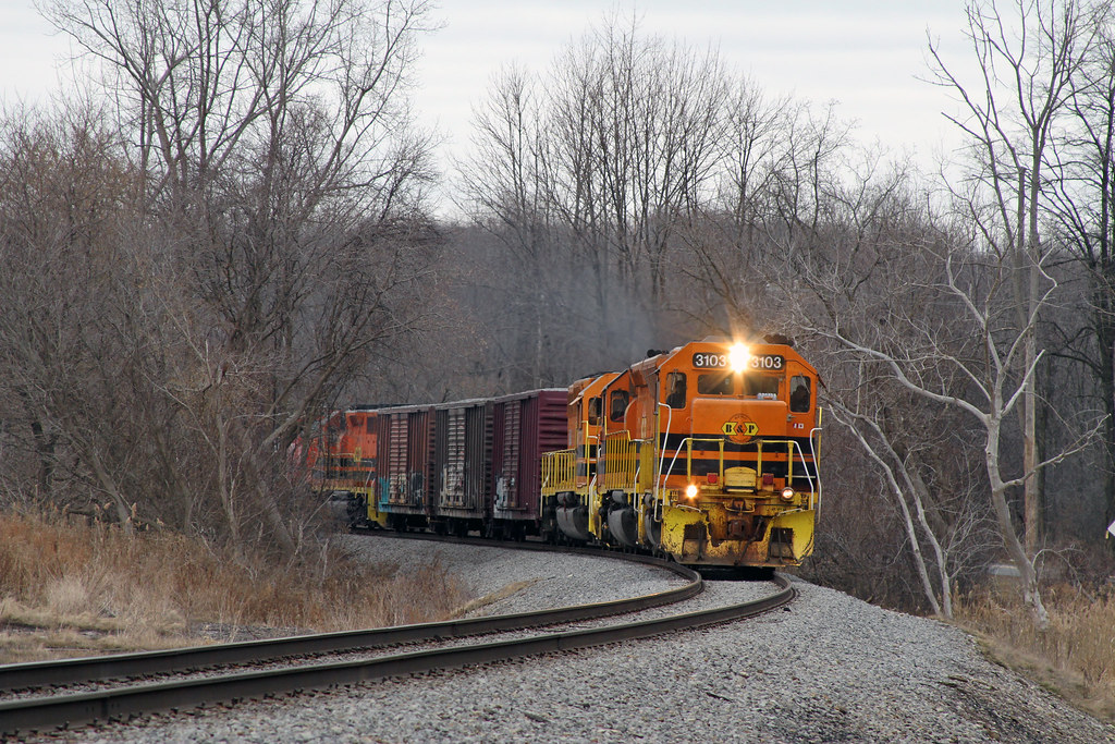 RS1 heads for the NS interchange at Silver Springs  The 3
