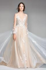 Tendance Robe du mariée 2017/2018 – 20 Champagne Wedding Dresses for the Bride Who Wants Subtle Color